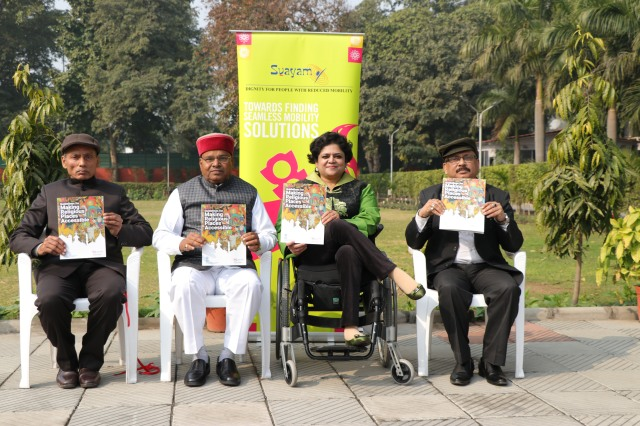 Image of Hon'ble Minister releasing the Guidelines with other dignitaries.